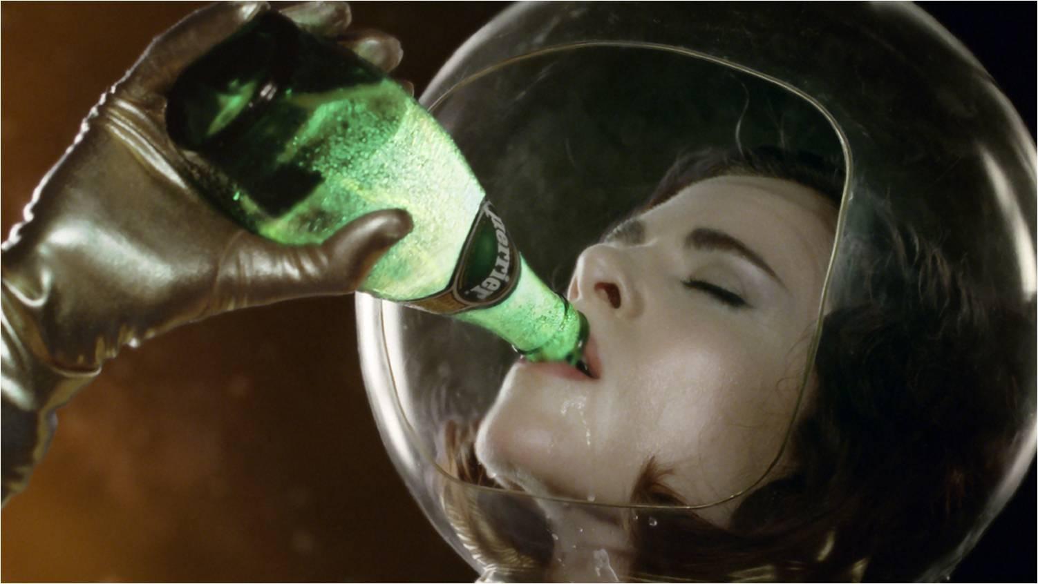 Nouvelle Pubicilité Perrier, «The Drop» (version longue)